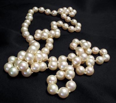 Collier de perles comment le porter